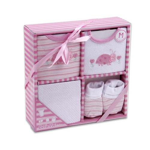 هدايا بنات مواليد ملابس مواليد هدايا 2013 متجر باتز ازياء مواليد   http://www.pattz.com/baby-gifts/baby-box-pink-and-white-four-pieces