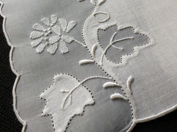 FLOWERS & LEAVES Whitework 6 Linen Cocktail Napkins Vtg Madeira Embroidery…