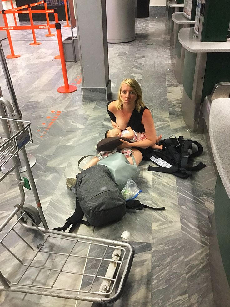 British Airways 2 hour flight turned into 22 hour delay. I breastfed on the dirty floor of an Italian airport as my husband checked us in again after an airport switch. No food of bev vouchers ever given. @britishairways should be ashamed. SHARE!! #breastfeeding #fly #travel #breastfeed #baby #infant #italy #britishairways