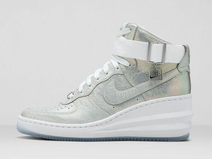 nike wmns air force 1 07 premium qs iridescent pearl christmas