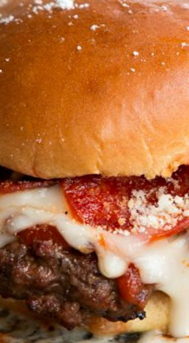 Pepperoni Pizza Burger