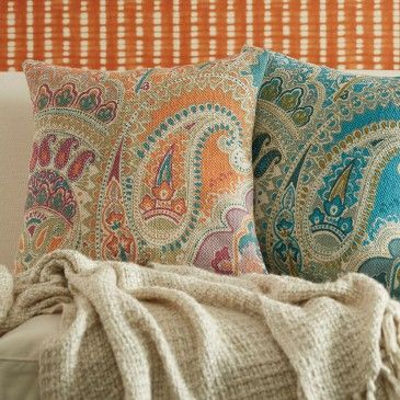 PAISLEY PRINTED CUSHION 50X50CM Morgan & Finch