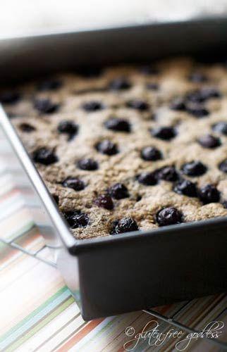 Gluten Free Goddess - Quinoa Breakfast Bar Recipe with Blueberries