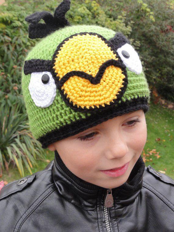 8bb45c9cfe0 Hat Crochet Pattern Green Birdy Beanie Hat English Version