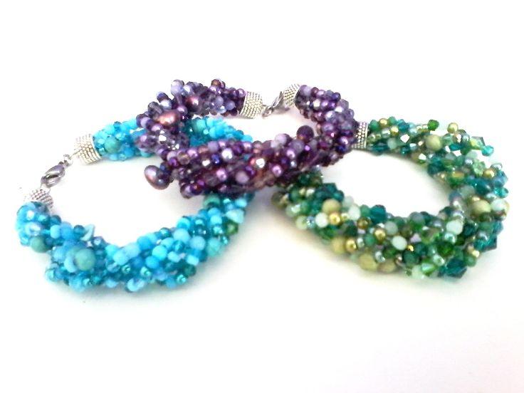 Armbänder mit Süßwasser-Perlen, Edelsteinen und Glasschliffperlen, bei www.perlensucht.at