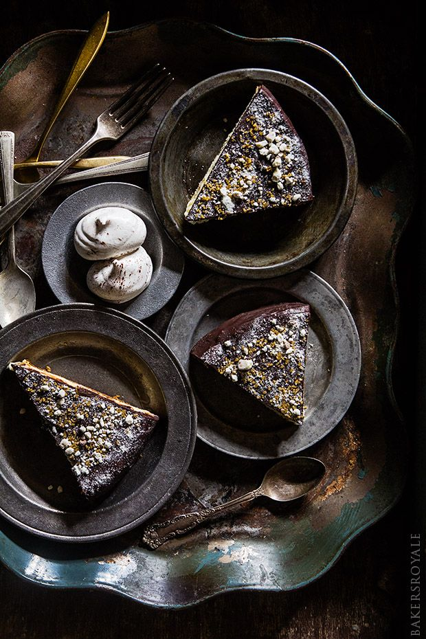Chocolate Covered Kahlua Cheesecake (http://www.bakersroyale.com/chocolate-covered-kahlua-cheesecake/)