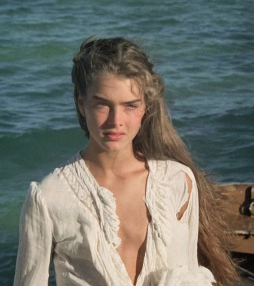 contemporaindufutur:  Brooke Shields in The Blue Lagoon directed by Randal Kleiser, 1980
