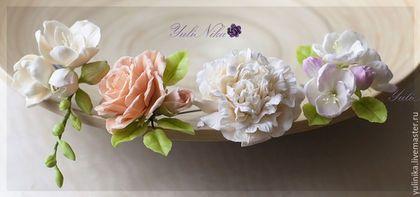 Купить или заказать Шпильки для прически. Цветы из глины. в интернет-магазине на Ярмарке Мастеров. Шпильки в прическу с цветами яблони, пиона, роз или фрезии. Подходят для прическок на свадьбу, выпускной .