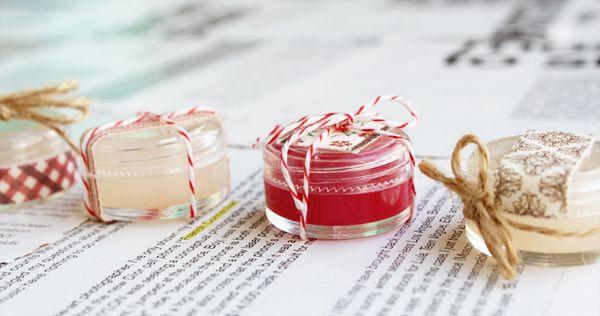 P U L C H R I T U D E / / F E S T: Holiday DIY Party: Vanilla Peppermint Lip Balm DIY