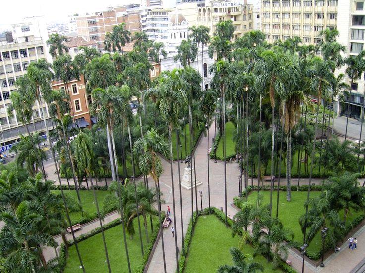 Plaza de Caicedo - Cali #colombia