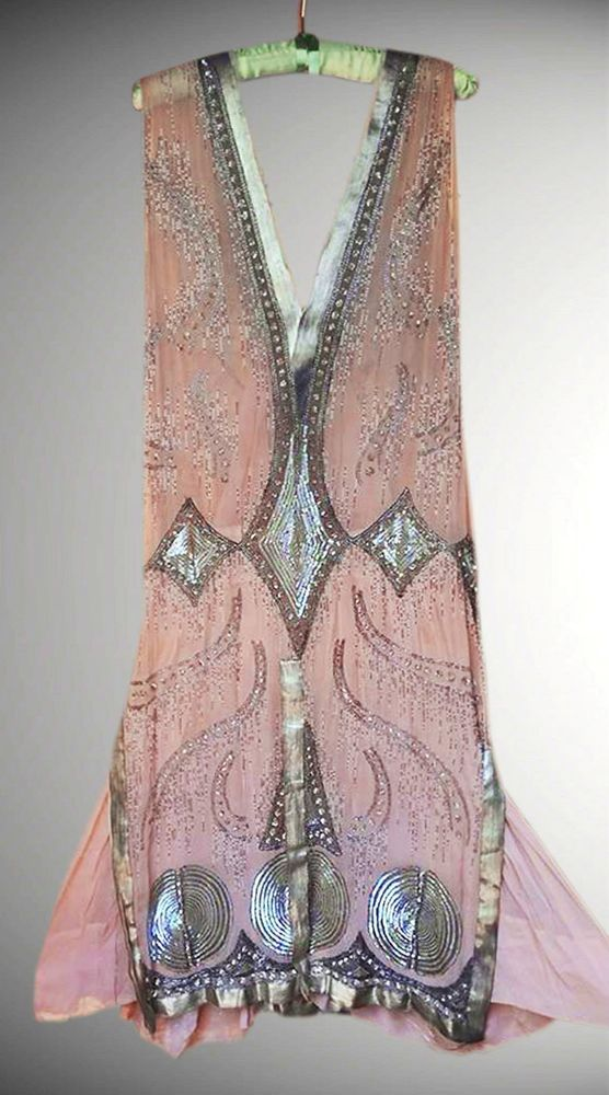 *** MUSEUM ART DECO 1920's FRENCH FLAPPER BEADED DRESS ***