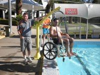Para Mobility - Pelican Pool And Spa Hoist