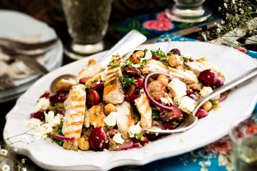 Quinoa, chicken, guava and feta salad