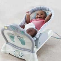 Best Baby Bouncers: The First Years Kickin' Coaster Infant Bouncer