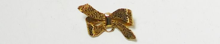Bow Brooch, Gold Tone, Shiny , Leaf impression, Brushed Metal, Vintage, Costume Jewelry