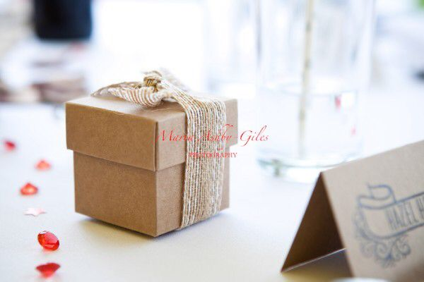 Hessian style wedding favour - perfect for a rustic / country style wedding.