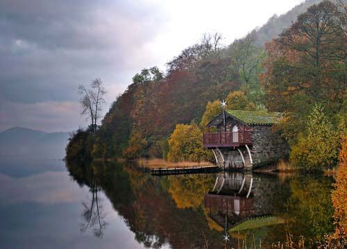 camp at ullswater and canoe across the lake to go hiking