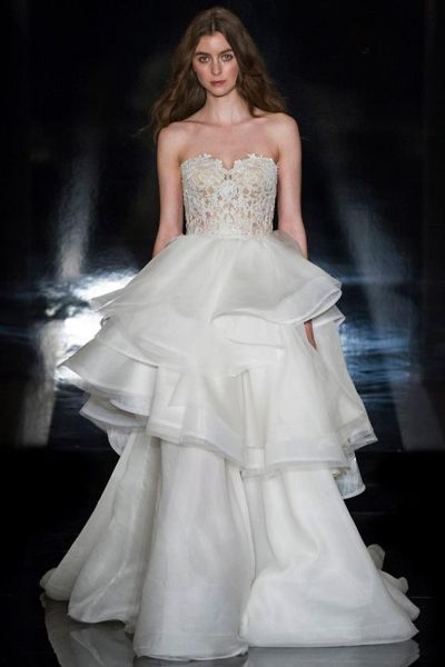 Vestidos de novia escote corazón 2017: 30 magníficos diseños que te harán soñar Image: 5