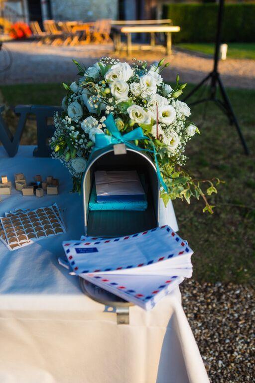 Boîte aux lettres américaine fleurie avec enveloppes assorties pour urne originale / Honeymoon / Mariage champêtre / LPFAE