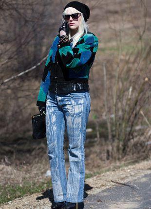 Kup mój przedmiot na #vintedpl http://www.vinted.pl/damska-odziez/dzinsy/12150366-oryginalne-niebieskie-jeansy-z-efektem-wylanej-farby
