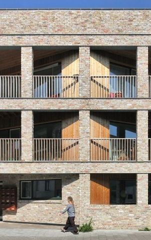Cohousing: 8 meningen onder 1 dak • Architect: www.havan-a.be (appartement • nieuwbouw • baksteen • houten gevelbekleding)