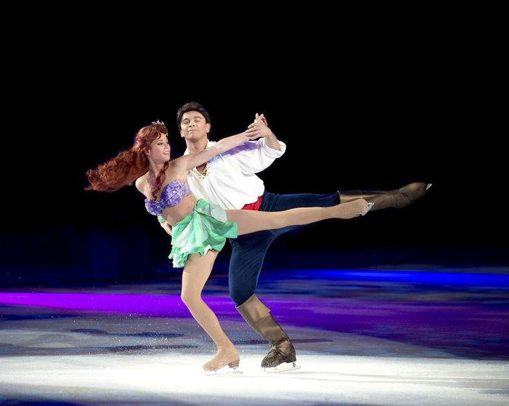 Disney On Ice Rockin Ever After Sacramento - Ariel and Eric