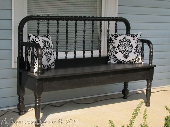Outside bench made from a re-purposed crib.