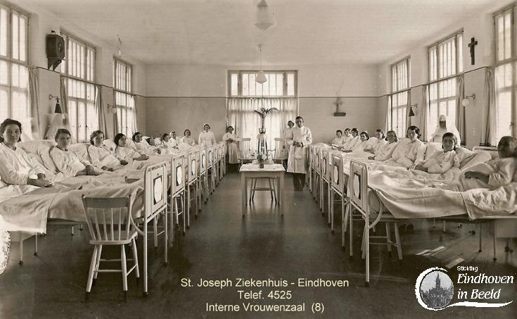 De vrouwenzaal interne geneeskunde van het St Josephziekenhuis