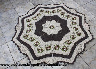 OS CROCHES DA ELSA: Tapete Redondo Estrela com Flores Cata Vento