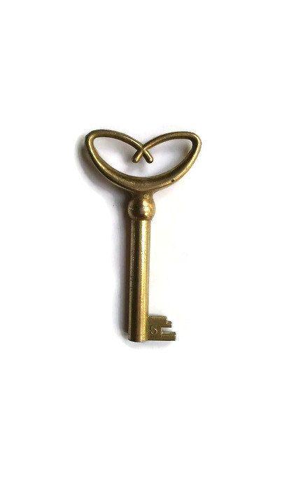 vintage  Heart Shape Keys for jewelry wedding by AndrasVintagelane