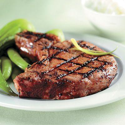 Côtes de porc, grillées à l'érable, thym et moutardées au BBQ