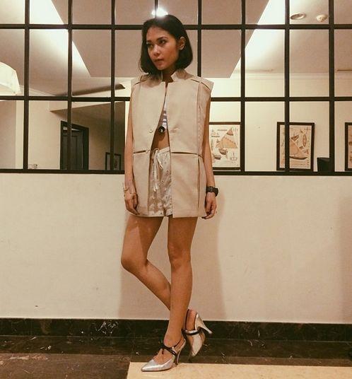 Ayla Dimitri, Deputy Editor-in-Chief for Style.com Indonesia  Follow Ayla on Instagram @ayladimitri.