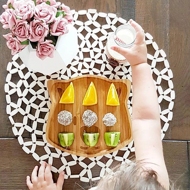 Miss Armani you lucky little girl having such a creative mumma!! I am loving seeing all these pics of my plates everywhere!!! If you have bought from us and you love your plates please don't forget to leave a review on our website or on our Facebook page! 🍊🍏🍓🍐🍉 📷 @mamasmemoir . . .