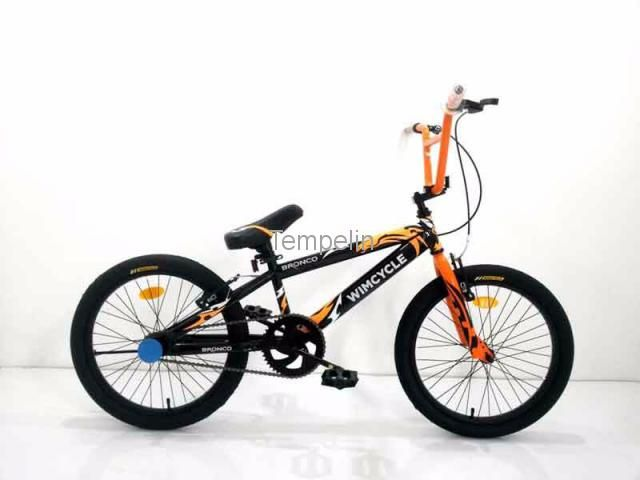 WIMCYCLE SEPEDA ANAK / BMX 20 BRONCO 2016 HITAM ORANGE