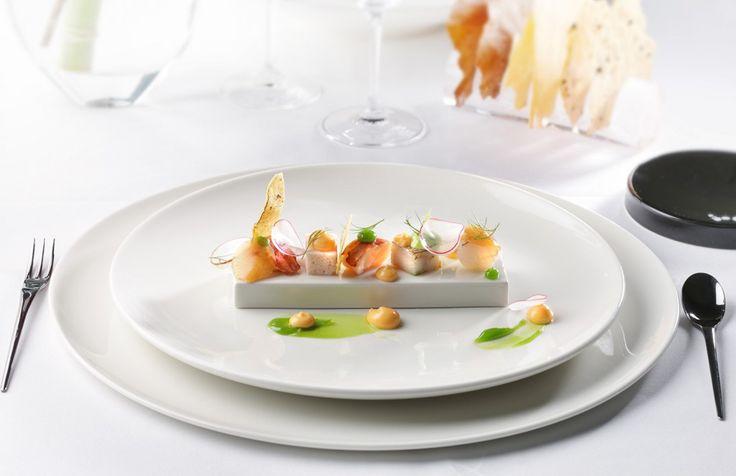 ROYAL RAVINTOLAT – Tiesitkö nämä tarjoilijan työn 10 salaisuutta? 5. Tuotetuntemus. Hyvä tarjoilija osaa kertoa valmistustavan ja ruoan erikoisuudet.