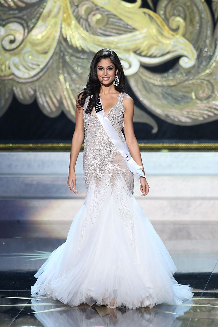Beautiful Miss Universe dresses: Miss Spain