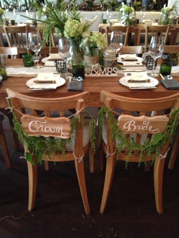 Tustic Bride & Groom Table