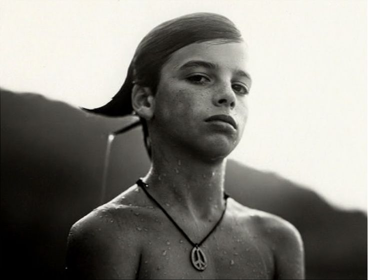 sally mann essays Sally mann seems like an odd individual, but i loved all of the photos that were shown throughout the video except the dog bone ones, i don t really.
