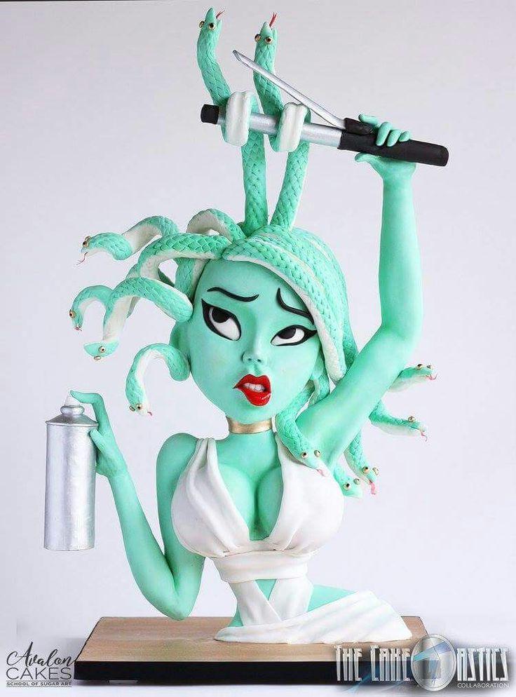 Medusa cake.
