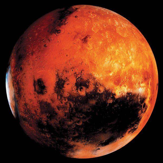 NASA dwa lata temu ogłosiła odważny program podboju kosmosu. Za kilka dekad ludzka stopa ma stanąć na Marsie, a Czerwona Planeta ma być drugą Ziemią. Wyniki badań, które właśnie opublikowano w USA, mogą te marzenia bezpowrotnie przekreślić. Po latach zyskaliśmy dowody na to, że podróże kosmiczne bardzo szkodzą układowi sercowo-naczyniowemu.