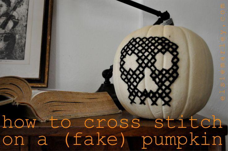 How to cross stitch a pumpkin: Pumpkin Crafts, Diy Halloween, Crosses Stitches Pumpkin, Diy Crosses, Crossstitch, Fake Pumpkin, Cross Stitches, Halloween Stitches Crafts, Diy Fall Crafts