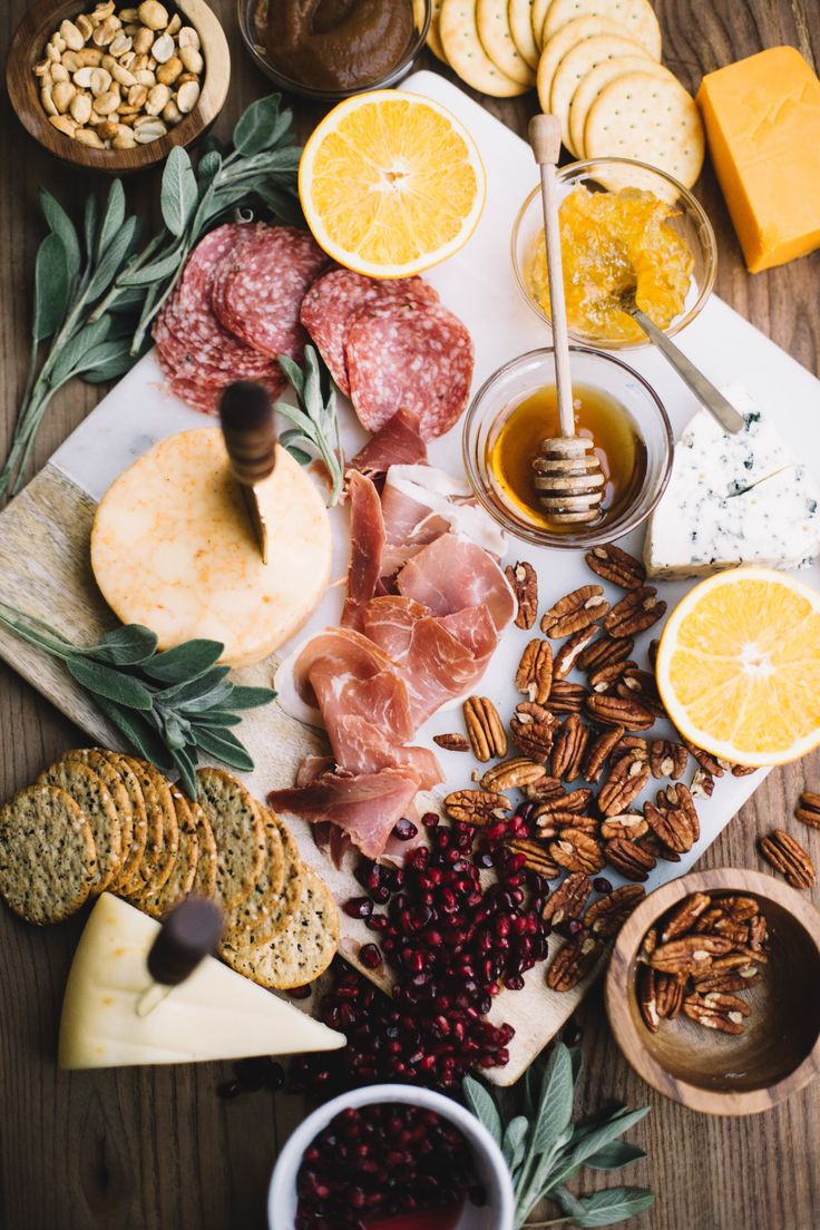 Fool Proof Patio Snack: The Cheeseboard — College Housewife