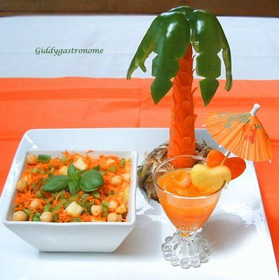 This carrot and green pepper palm tree is easy to make and - Salad decoration for kids ...