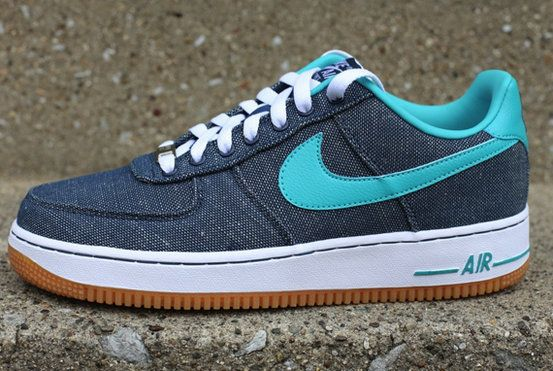 super popular dbe27 2c08a Nike Air Force 1 Low Canvas Gum Squadron Blue