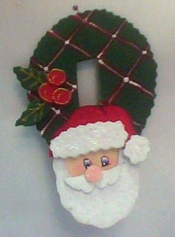 Puertas De Navidad Decoradas Con Material Reciclable