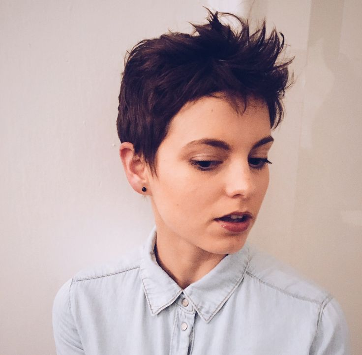 Vanda - pixie cut, styling with Fatboy