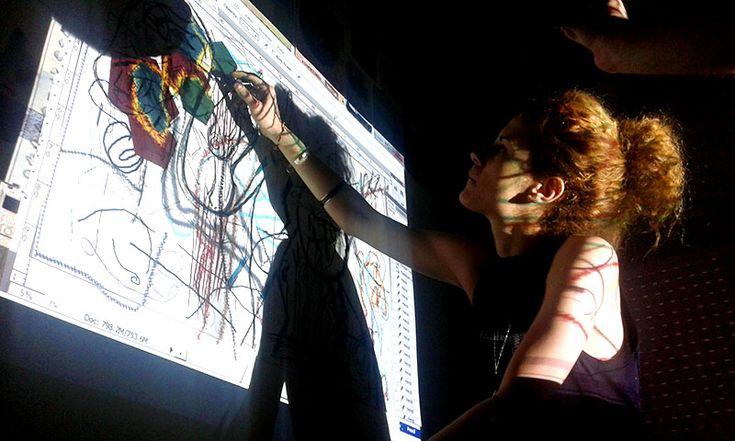 Ταυτόχρονη χειρονομιακή και ψηφιακή ζωγραφική