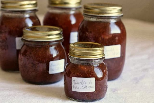 Confettura di fichi con cannella e noci | Fig jam with cinnamon and walnuts. @Danielle D Rollins