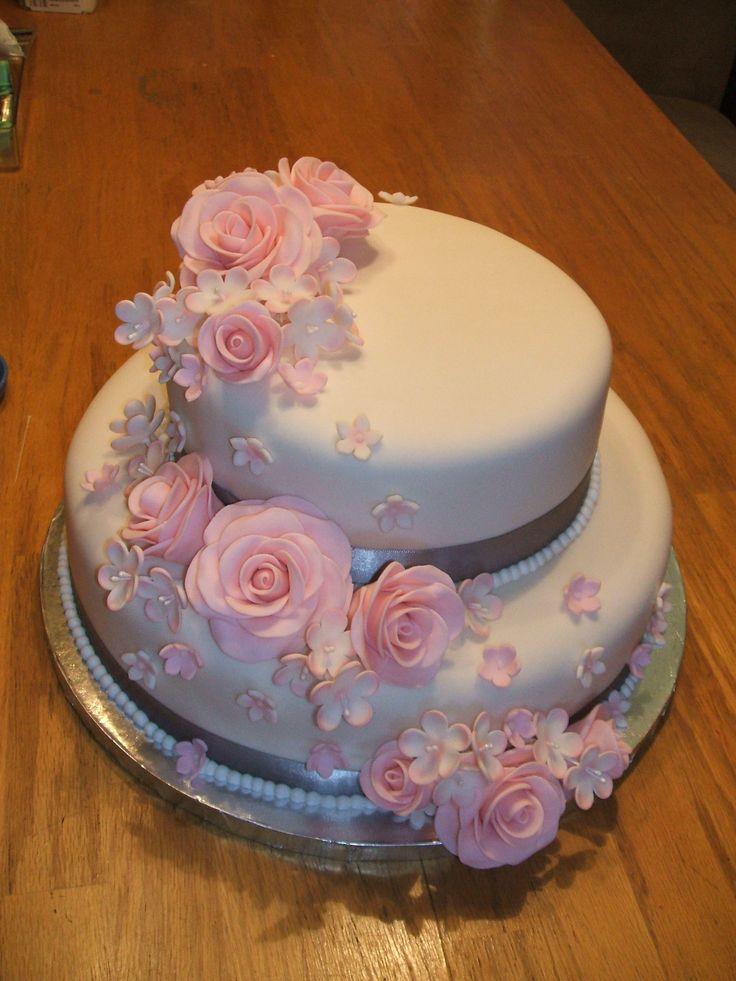 2 Tier Wedding Cake with fondant roses