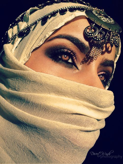 242 best Beautiful Arab women and clothing images on ... Arabian Women Eyes